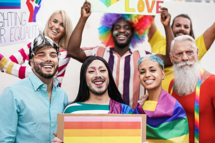 Recovery Unplugged Shares How To Celebrate Pride and Maintain Sobriety